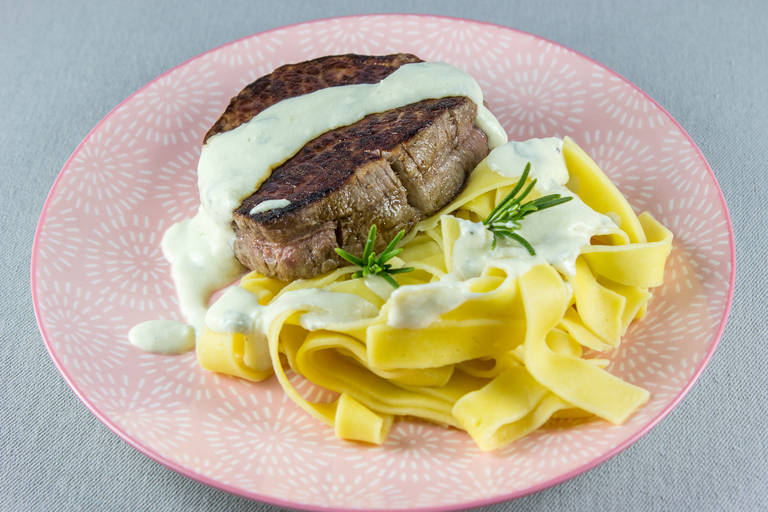 Steak z gorgonzolo